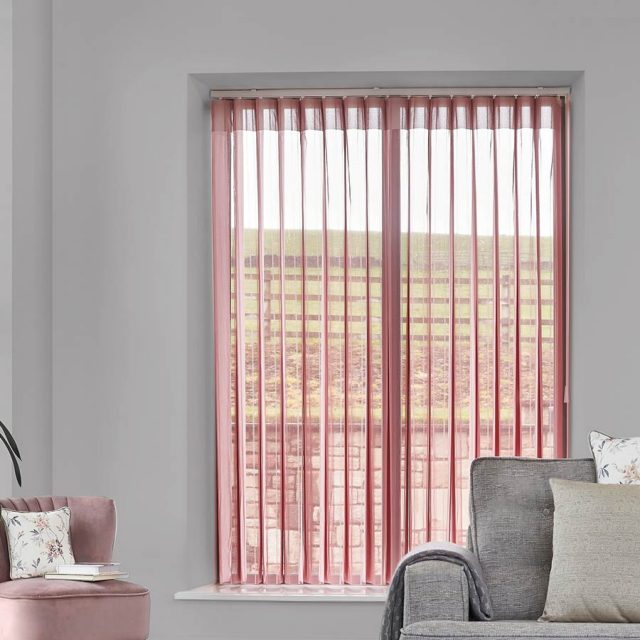 Stripe-Pink-Vertex-Blind